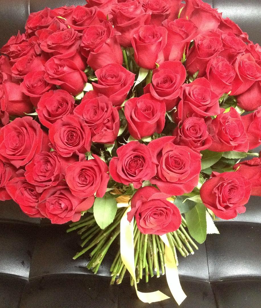 К чему сниться получить букет роз в подарок